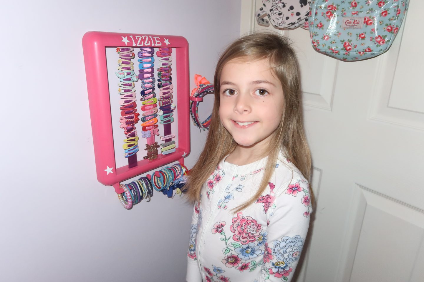 The Hair Helper Review | Hair Accessory Storage for a messy 7 year old