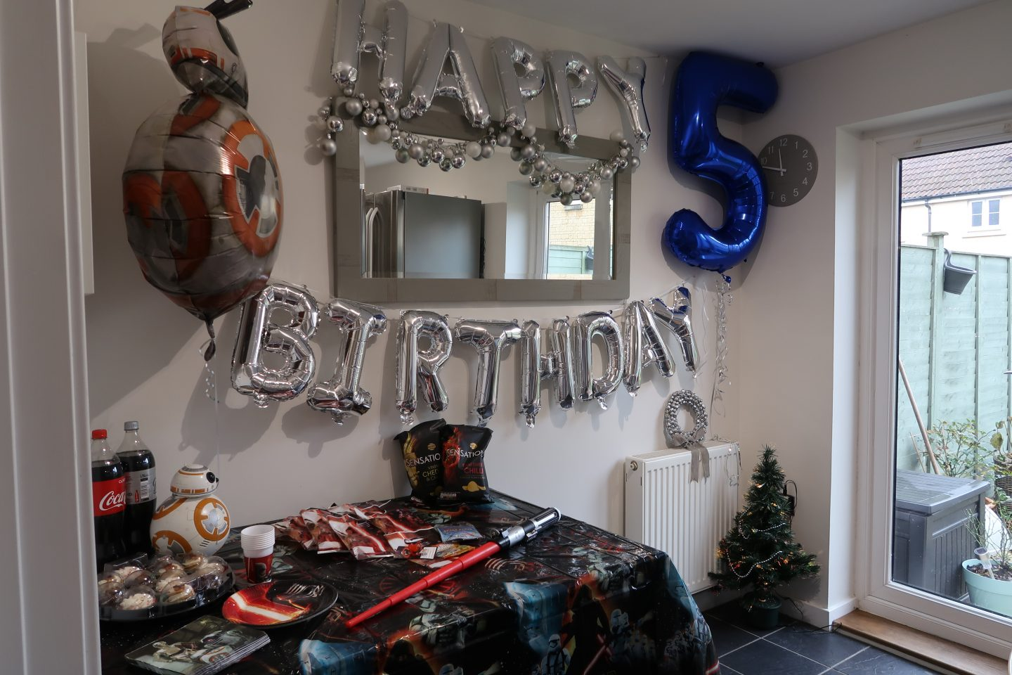 Ollie's 5th Birthday | Star Wars Party Pack from Party Bags & Supplies REVIEW