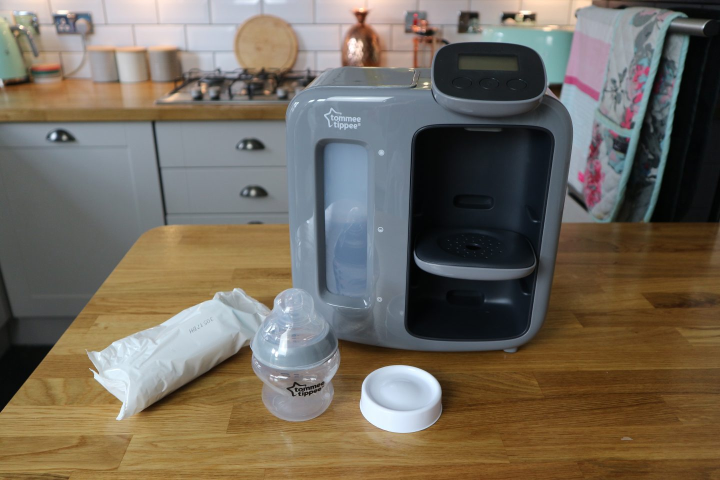 Red Tommee Tippee Perfect Prep Day /& Night